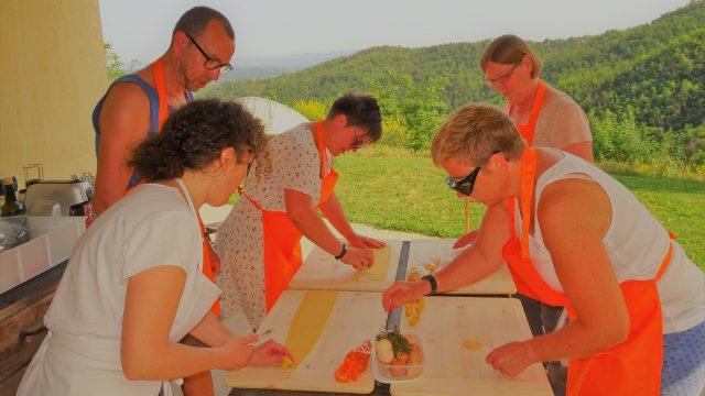 Pasta workshop met de gasten