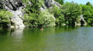 Swimming in the Lago dei Gulli (Sassello)